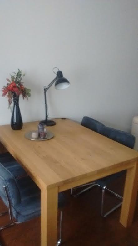 Eiken tafel van Izaac uit Leeuwarden; op maat gemaakt
