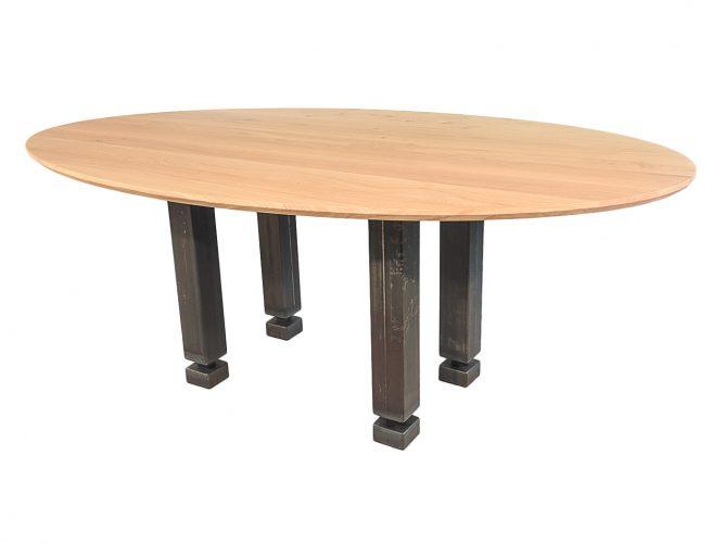 Memphis – Eettafel met industriele tafelpoten