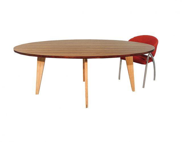 Treviso – Eettafel ovaal design