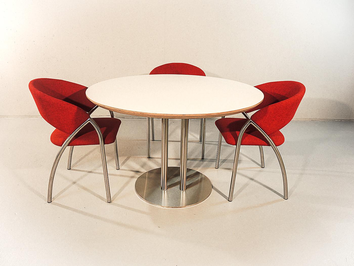 Arrezo - Ronde design tafel