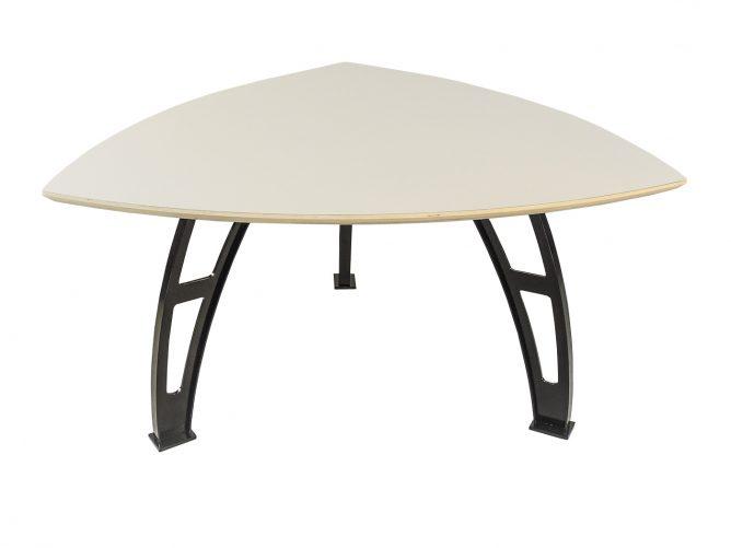 Gubbio – Driehoeks tafel
