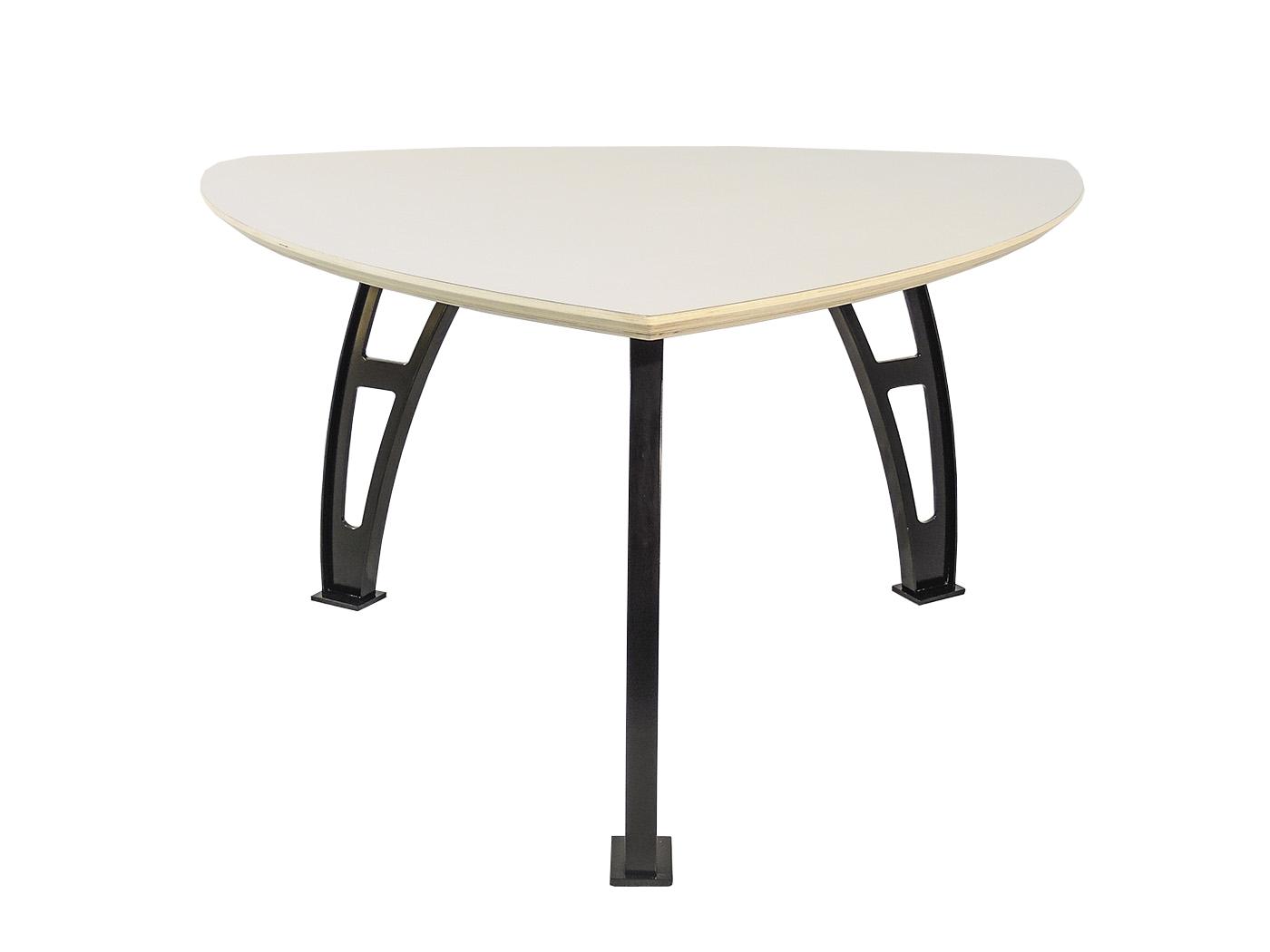 Gubbio - Elegante driehoeks tafel