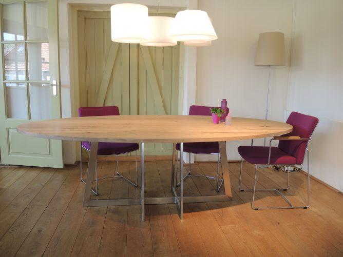 Milano - Ovaal modern tafel