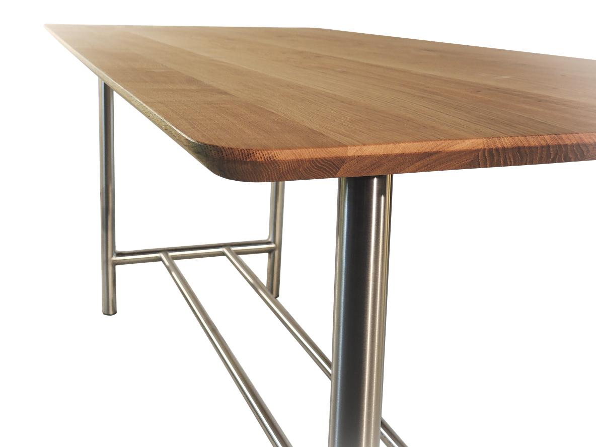 Montefalco - Design eettafel