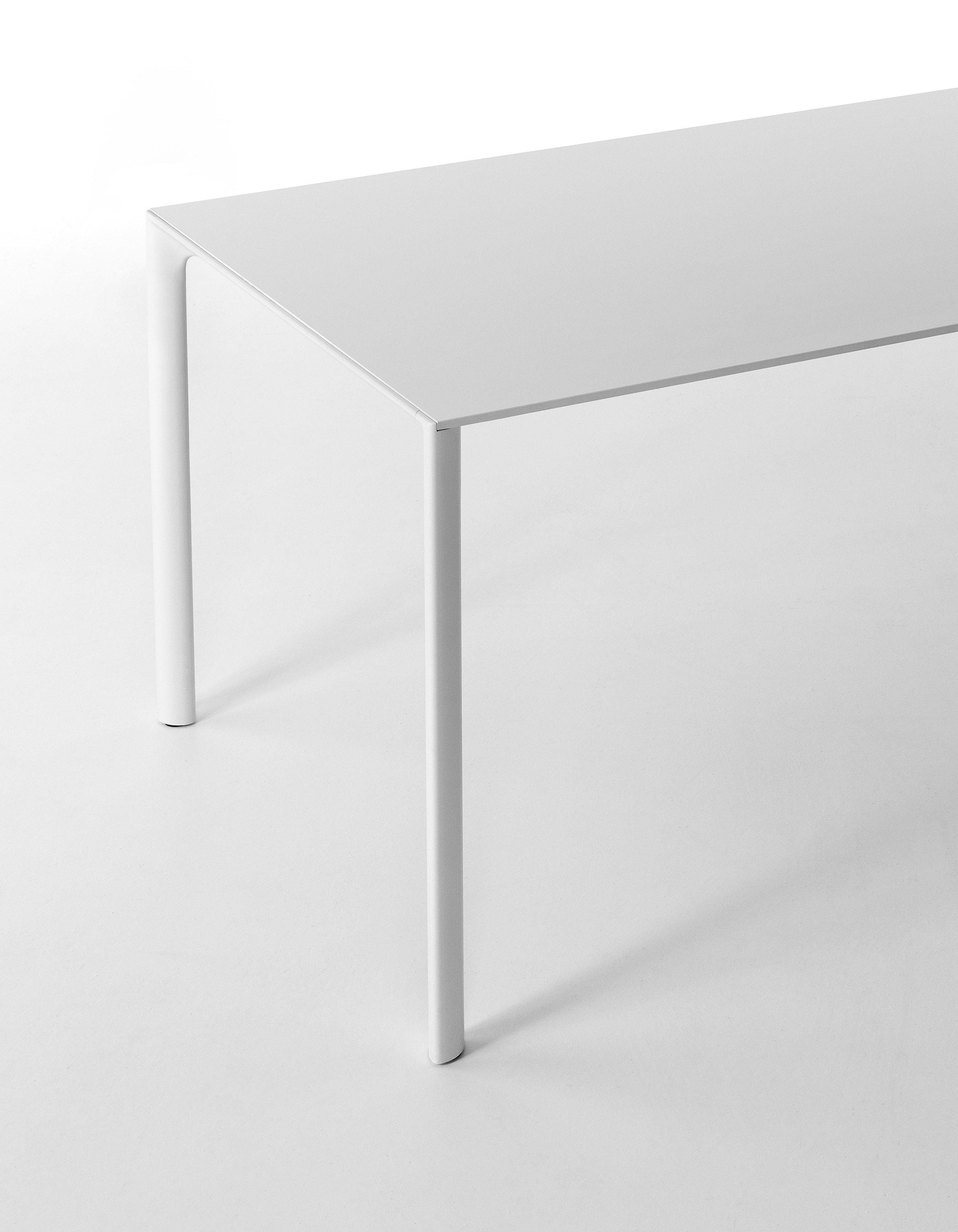 Aosta - Moderne tafel