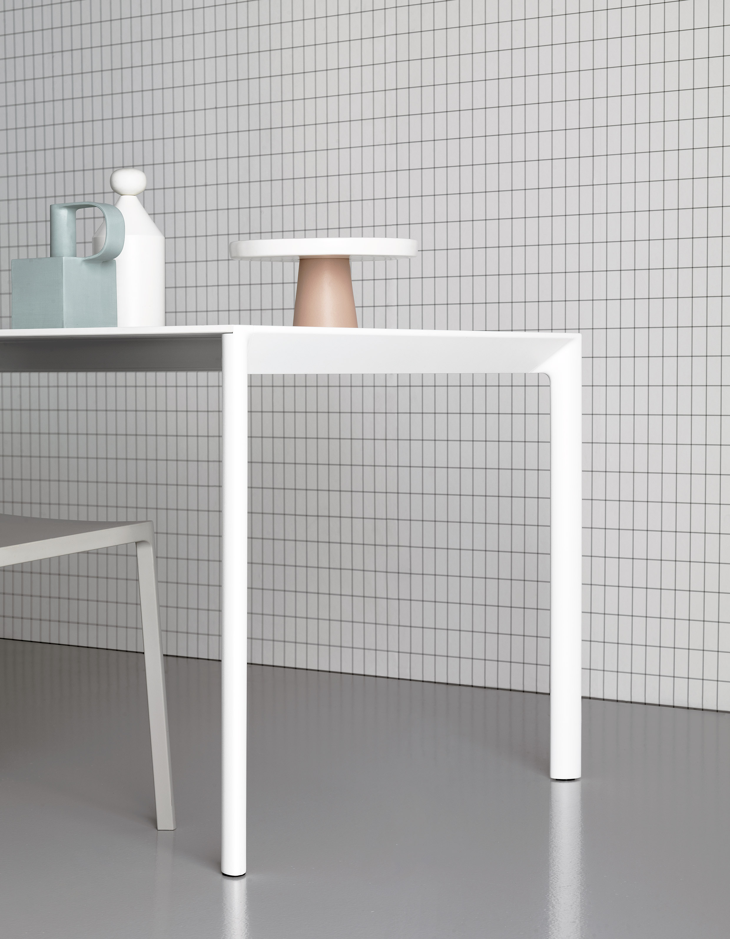 Aosta - Wit design tafel